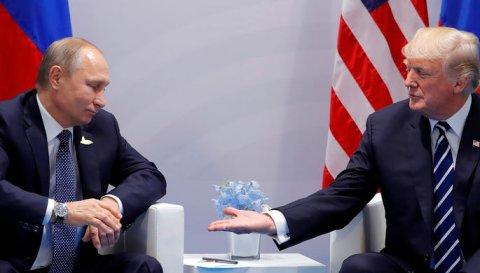 Tramp Putinlə tək qalmağa israr edib