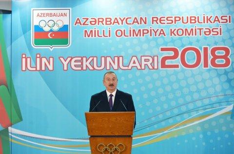 """Dövlət başçısı: """"Azərbaycan iqtisadi sahədə bütün vəzifələri uğurla icra edir"""""""