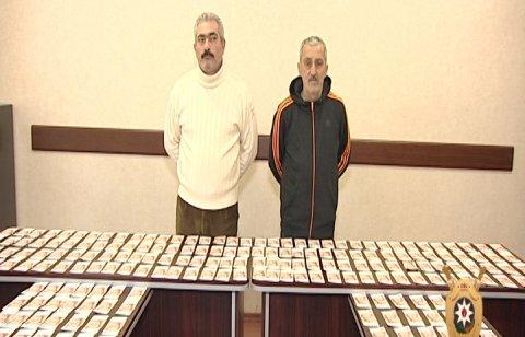 Azərbaycanda 1 milyon saxta rublu satmaq istədilər