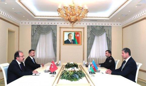 Vilayət Eyvazov Türkiyə səfiri ilə görüşdü